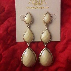 🎇White Jade earrings